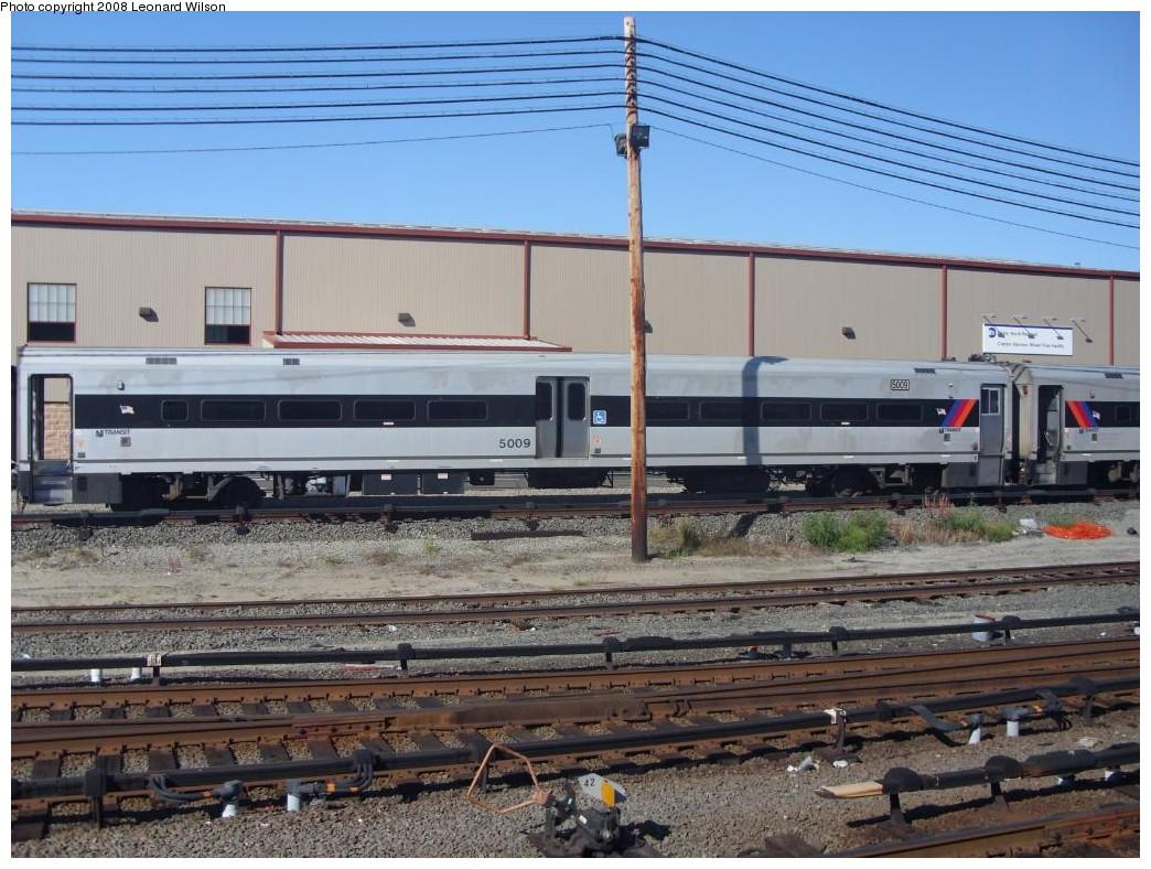 (270k, 1044x788)<br><b>Country:</b> United States<br><b>System:</b> Metro-North Railroad (or Amtrak or Predecessor RR)<br><b>Line:</b> Metro North-Hudson Line<br><b>Location:</b> MNRR Croton-Harmon Shops/Yard<br><b>Photo by:</b> Leonard Wilson<br><b>Date:</b> 10/11/2008<br><b>Notes:</b> New Jersey Transit Comet<br><b>Viewed (this week/total):</b> 1 / 1576