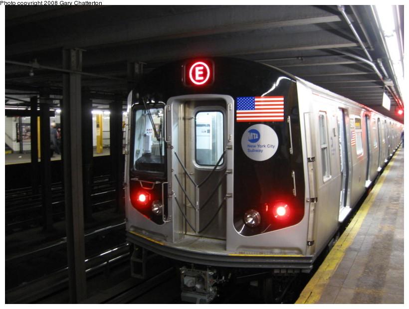 (119k, 820x620)<br><b>Country:</b> United States<br><b>City:</b> New York<br><b>System:</b> New York City Transit<br><b>Line:</b> IND 8th Avenue Line<br><b>Location:</b> 23rd Street<br><b>Route:</b> E<br><b>Car:</b> R-160A (Option 1) (Alstom, 2008-2009, 5 car sets) 9243 <br><b>Photo by:</b> Gary Chatterton<br><b>Date:</b> 12/23/2008<br><b>Viewed (this week/total):</b> 0 / 2961
