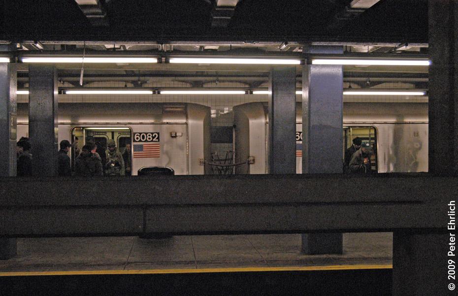 (228k, 930x601)<br><b>Country:</b> United States<br><b>City:</b> New York<br><b>System:</b> New York City Transit<br><b>Line:</b> IND 6th Avenue Line<br><b>Location:</b> 2nd Avenue<br><b>Route:</b> F<br><b>Car:</b> R-46 (Pullman-Standard, 1974-75) 6082 <br><b>Photo by:</b> Peter Ehrlich<br><b>Date:</b> 12/28/2008<br><b>Notes:</b> F Line outbound.<br><b>Viewed (this week/total):</b> 0 / 1955