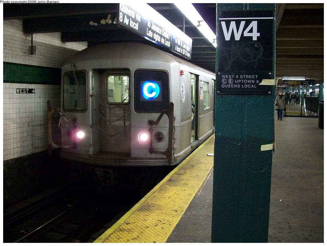 (221k, 1044x788)<br><b>Country:</b> United States<br><b>City:</b> New York<br><b>System:</b> New York City Transit<br><b>Line:</b> IND 8th Avenue Line<br><b>Location:</b> West 4th Street/Washington Square<br><b>Route:</b> C<br><b>Car:</b> R-40M (St. Louis, 1969) 4520 <br><b>Photo by:</b> John Barnes<br><b>Date:</b> 12/13/2008<br><b>Viewed (this week/total):</b> 4 / 2575