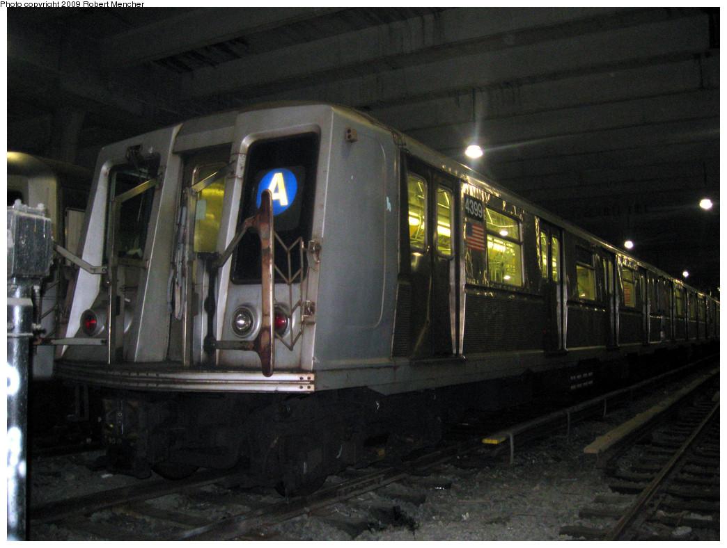 (276k, 1044x788)<br><b>Country:</b> United States<br><b>City:</b> New York<br><b>System:</b> New York City Transit<br><b>Location:</b> Pitkin Yard/Shops<br><b>Car:</b> R-40 (St. Louis, 1968) 4399 <br><b>Photo by:</b> Robert Mencher<br><b>Date:</b> 2/28/2009<br><b>Viewed (this week/total):</b> 2 / 2905