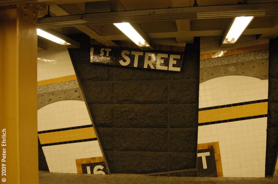 (193k, 930x618)<br><b>Country:</b> United States<br><b>City:</b> New York<br><b>System:</b> New York City Transit<br><b>Line:</b> IRT Woodlawn Line<br><b>Location:</b> 161st Street-River Avenue (Yankee Stadium)<br><b>Photo by:</b> Peter Ehrlich<br><b>Date:</b> 3/4/2009<br><b>Artwork:</b> <i>Wall-Slide/Room of Tranquility</i>, Acconci/Brandt, 2002<br><b>Notes:</b> Artwork.<br><b>Viewed (this week/total):</b> 1 / 2083