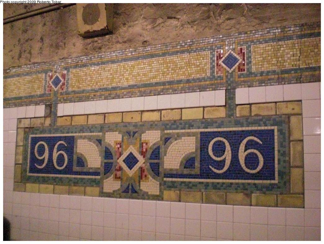(293k, 1044x788)<br><b>Country:</b> United States<br><b>City:</b> New York<br><b>System:</b> New York City Transit<br><b>Line:</b> IRT East Side Line<br><b>Location:</b> 96th Street<br><b>Photo by:</b> Roberto C. Tobar<br><b>Date:</b> 3/6/2009<br><b>Notes:</b> Station name mosaic.<br><b>Viewed (this week/total):</b> 0 / 1379