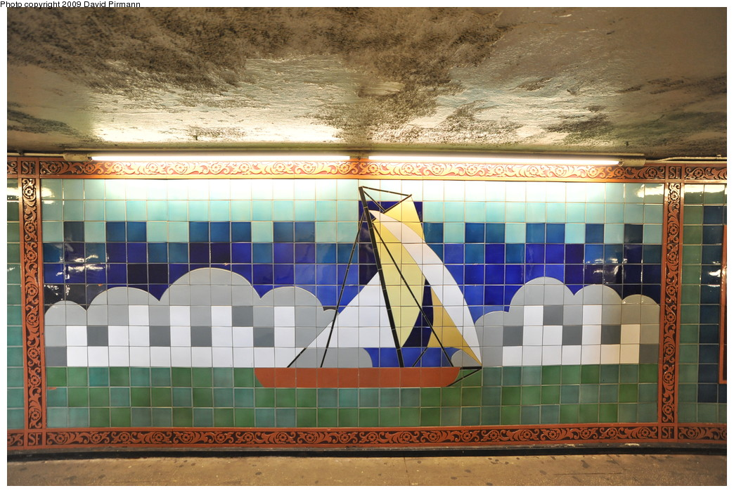 (295k, 1044x701)<br><b>Country:</b> United States<br><b>City:</b> New York<br><b>System:</b> New York City Transit<br><b>Line:</b> IRT West Side Line<br><b>Location:</b> South Ferry (Outer Loop Station)<br><b>Photo by:</b> David Pirmann<br><b>Date:</b> 3/15/2009<br><b>Artwork:</b> <i>South Sails</i>, Sandra Bloodworth, 1990<br><b>Viewed (this week/total):</b> 2 / 2678