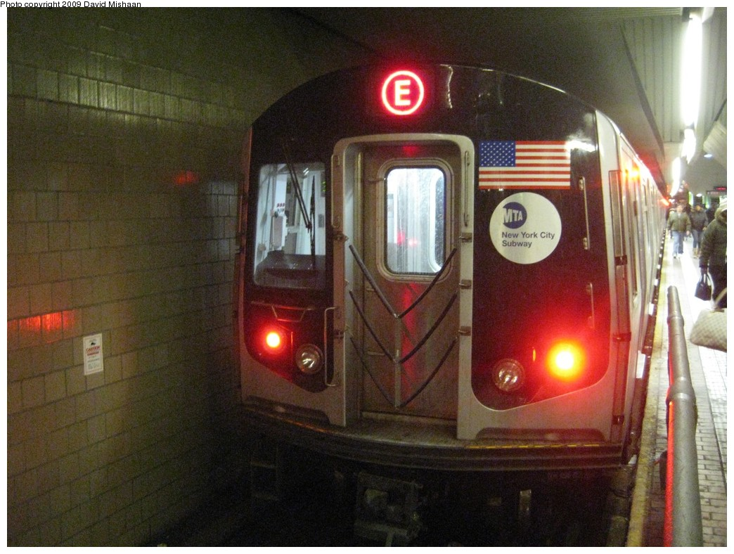 (220k, 1044x788)<br><b>Country:</b> United States<br><b>City:</b> New York<br><b>System:</b> New York City Transit<br><b>Line:</b> IND Queens Boulevard Line<br><b>Location:</b> Jamaica Center/Parsons-Archer<br><b>Route:</b> E<br><b>Car:</b> R-160A (Option 1) (Alstom, 2008-2009, 5 car sets) 9238 <br><b>Photo by:</b> David M. <br><b>Date:</b> 2/19/2009<br><b>Viewed (this week/total):</b> 1 / 1805