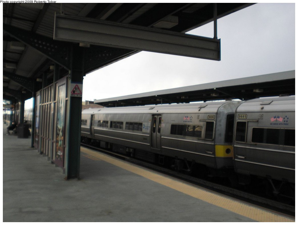 (161k, 1044x788)<br><b>Country:</b> United States<br><b>City:</b> New York<br><b>System:</b> Long Island Rail Road<br><b>Line:</b> LIRR Main Line<br><b>Location:</b> Woodside<br><b>Car:</b> LIRR Budd M3 (EMU) 9806 <br><b>Photo by:</b> Roberto C. Tobar<br><b>Date:</b> 4/8/2009<br><b>Viewed (this week/total):</b> 2 / 620
