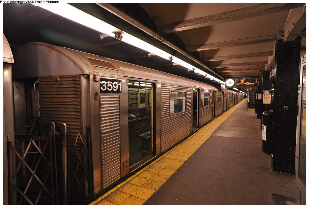 (256k, 1044x701)<br><b>Country:</b> United States<br><b>City:</b> New York<br><b>System:</b> New York City Transit<br><b>Line:</b> IND 8th Avenue Line<br><b>Location:</b> 168th Street<br><b>Route:</b> C<br><b>Car:</b> R-32 (Budd, 1964) 3591 <br><b>Photo by:</b> David Pirmann<br><b>Date:</b> 4/10/2009<br><b>Viewed (this week/total):</b> 0 / 1252